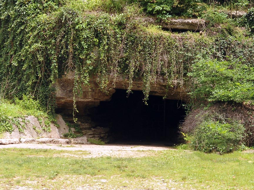 Old Spanish Treasure Cave in Sulphur Springs, AR
